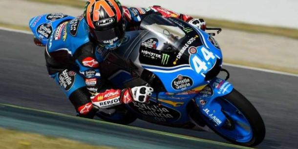 Unfortunate end to weekend for Estrella Galicia rider Aron Canet - www.mundomotero.com
