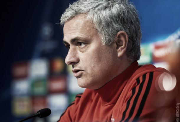 Mourinho explica la situación de Pogba. Foto: Manchester United.