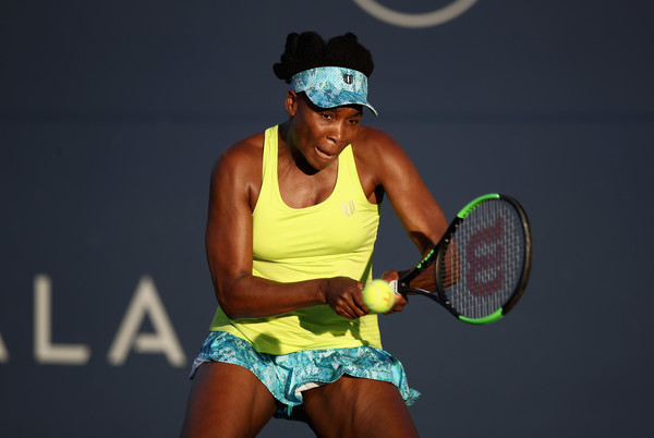 Venus Williams in action at the Mubadala Silicon Valley Classic | Photo: Ezra Shaw/Getty Images North America