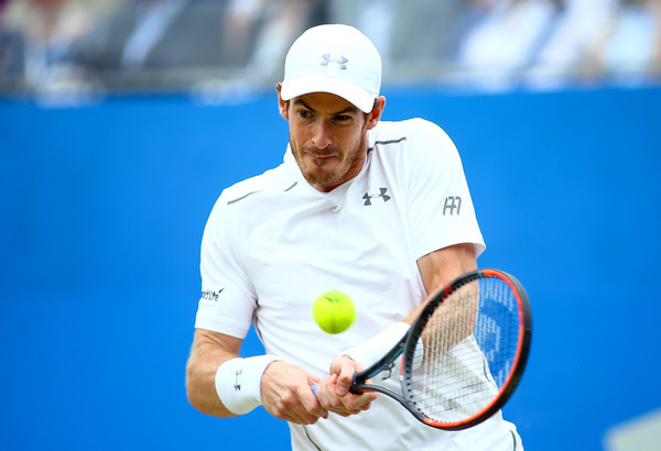 Murray rips a backhand during his finals victory. Photo: Jordan Mansfield/Getty Images