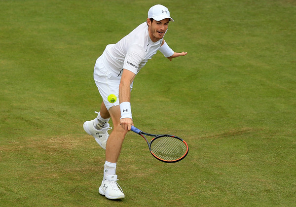 Murray lunges for a backhand during his second round win. Photo: Ben Hoskins/Getty Images
