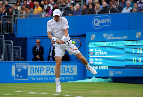 Murray jumps into a backhand during his semifinal on Saturday. Photo: Richard Heathcote/Getty Images
