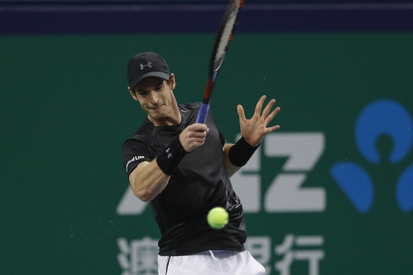 Murray crushes a forehand during his semifinal win. Photo: Lintao Zhang/Getty Images
