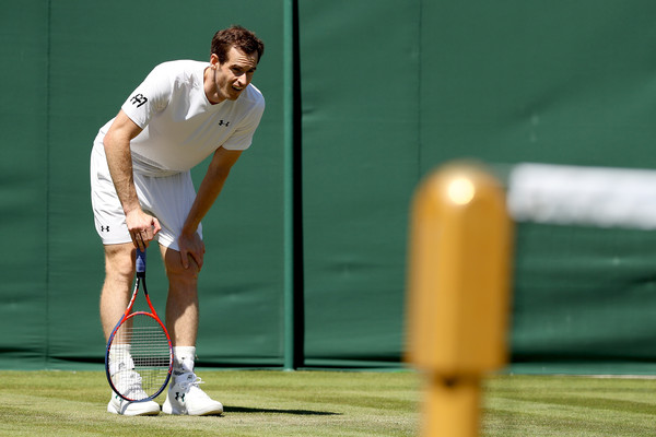Murray looks on during a practice at the All-England club this past week as he looked to be ready for the 2018 Championships. Photo: Matthew Stockman/Getty Images