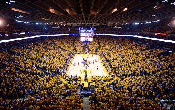 El Oracle Arena verá colgado de su techo un nuevo banderín de campeonato (Foto: oraclearena.com)