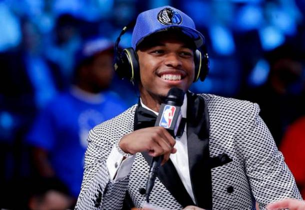 Dennis Smith Jr. la sera del Draft. Fonte Immagine: The Tribune