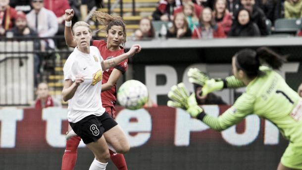 Nadia Nadim takes a shot on goal | Source: timbers.com