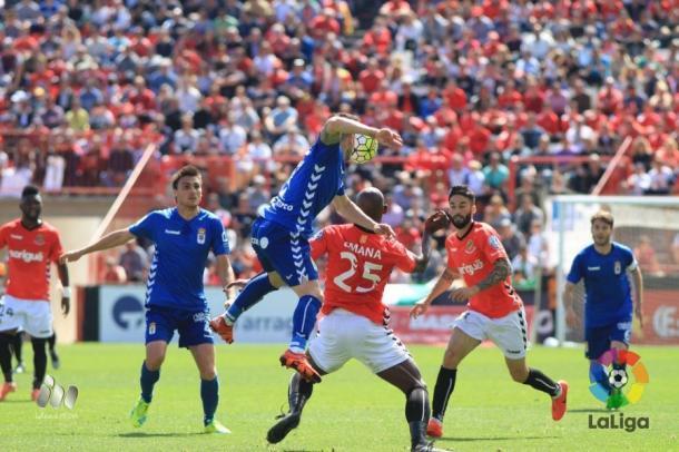 Nàstic y Oviedo se repartieron la posesión en la primera mitad | Foto: LaLiga.