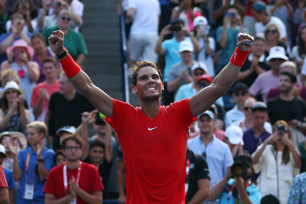 Nadal celebrates his victory over Tsitsipas. Photo: Getty Images