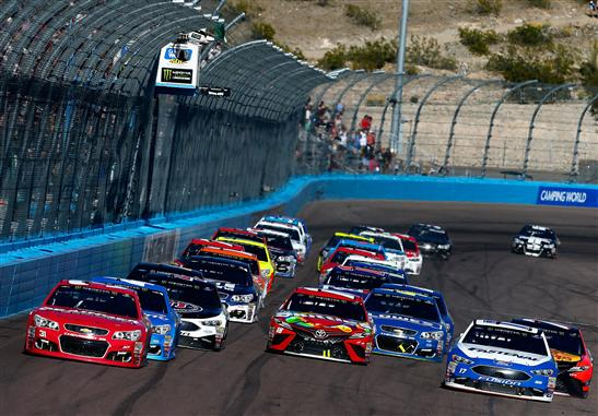 Newman takes the lead on the final restart. (Sean Gardner/Getty Images