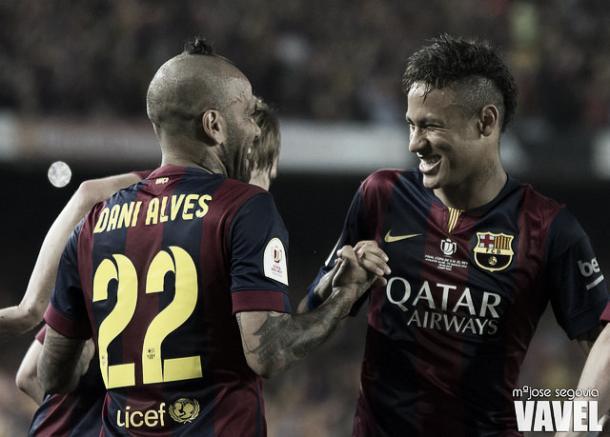Neymar y Alves con el FC Barcelona | Foto: Mª Jose Segovia - VAVEL