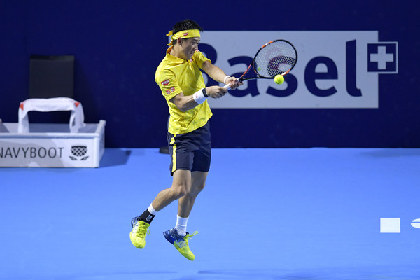 Nishikori drills a backhand during his quarterfinal win. Photo: Harold Cunningham/Getty Images
