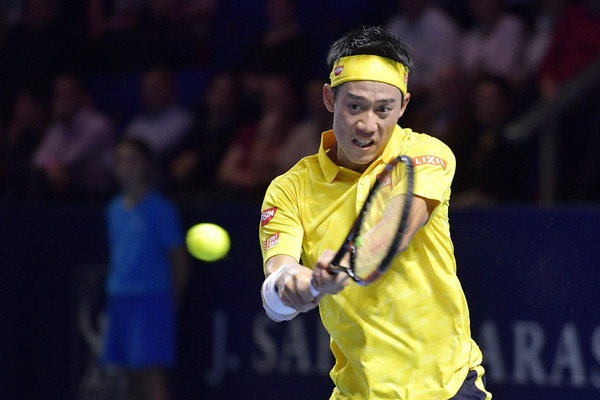 Nishikori hits a backhand during his semifinal win. Photo: Harold Cunningham/Getty Images