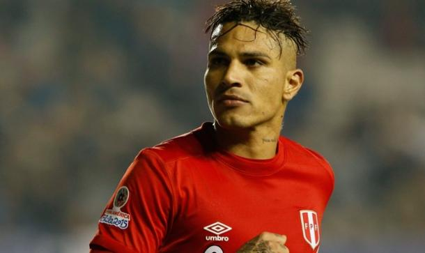 Peruvian striker Paolo Guerrero cannot afford to have an off day on Thursday against Venezuela. Photo provided by EFE.