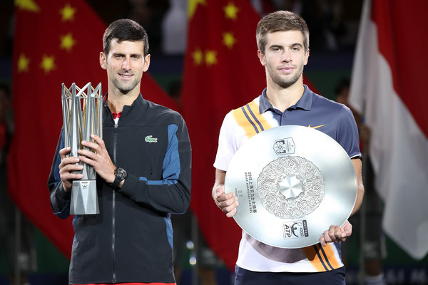 Coric poses alongside Djokovic (Image source: Lintao Zhang/Getty Images AsiaPac)
