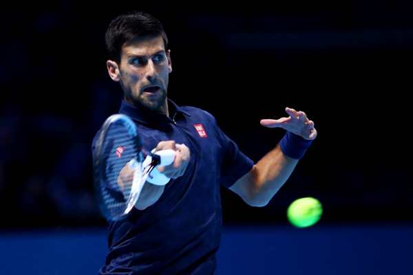 Djokovic hits a forehand (Photo by Clive Brunskill/Getty Images)