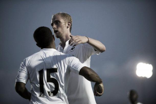 McBurnie celebrates. | Image source: Swansea City