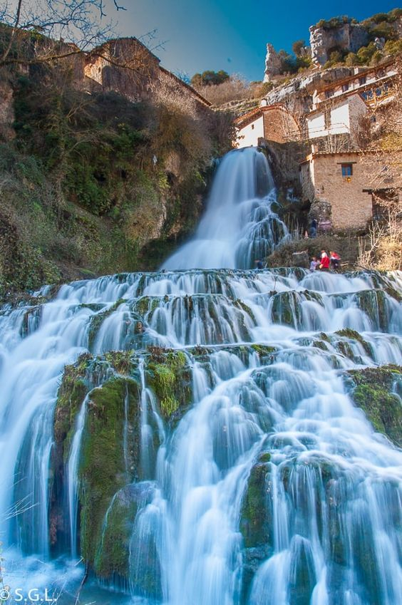 Cascada de Orbaneja del Castillo | Pinterest