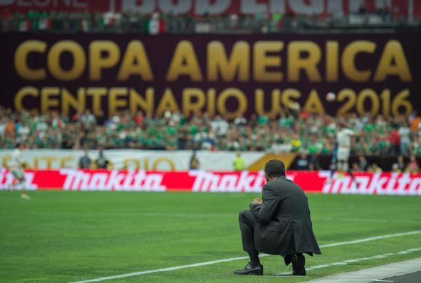 Osorio analiza cada detalle de sus púpilos y rivales.