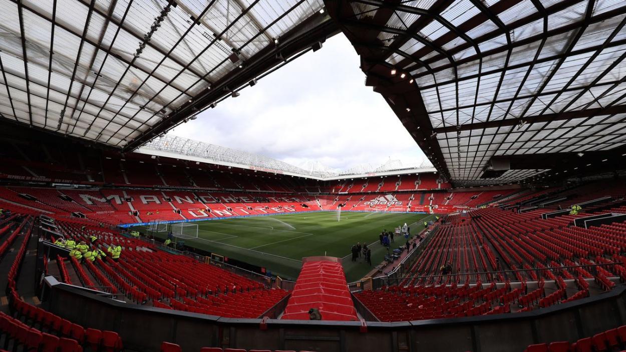 Old Trafford listo para un nuevo derbi. FOTO: Premier League