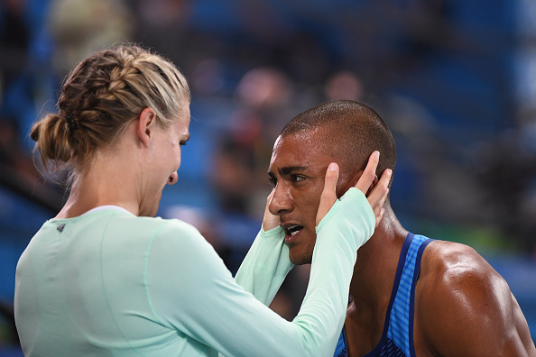 Brianne Theisen-Eaton congratulates Ashton Eaton after his Rio 2016 triumph (AFP/ Olivier Morin)