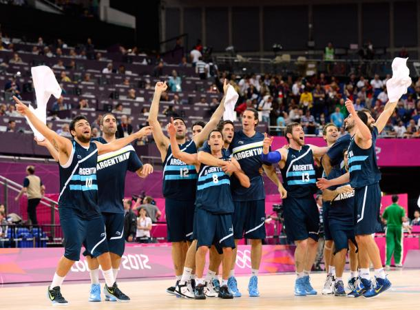Argentina celebrates after beating Brazil during the Men's Basketball quarterfinal game in the London 2012 Olympic Games. Photo: Ronald Martinez/Getty Images Europe