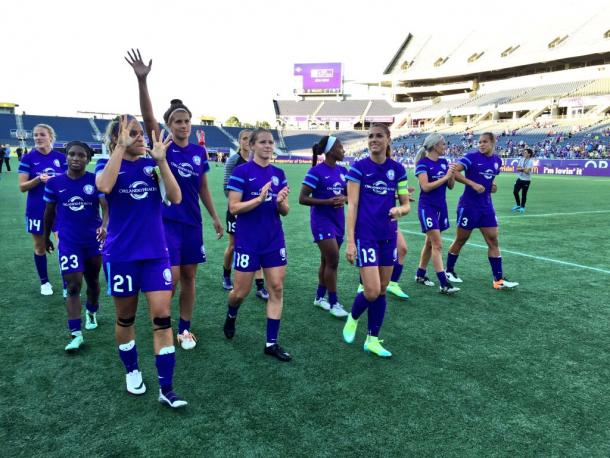Orlando Pride players acknowledge the crowd after their 2-0 victory over the Seattle Reign | Orlando Pride Twitter - @ORLPride