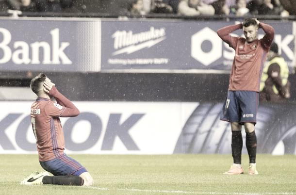 Decepción por la derrota de los jugadores de Osasuna / Foto: www.osasuna.es