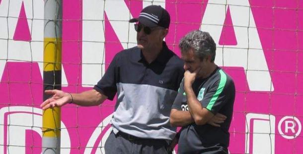 Juan Carlos Osorio estuvo presente esta mañana en Guarne viendo los trabajos de Lillo. | Foto: Atlético Nacional
