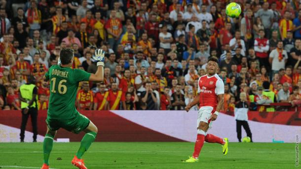 Chamberlain chips in for an equaliser. | Image credit: Arsenal FC