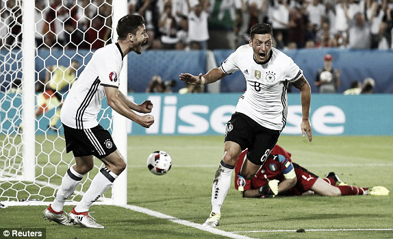 Mesut Özil celebrating his goal in Germany's win over Italy | Photo: Reuters