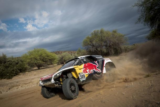 Loeb-Elena en el Dakar // Foto: Red Bull
