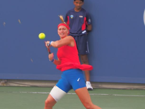 Kvitova crushes a forehand. Photo: Noel Alberto
