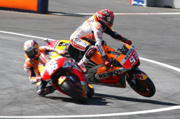 Marquez crashed and nrrowly avoided teammate Pedrosa - Gold and Goose