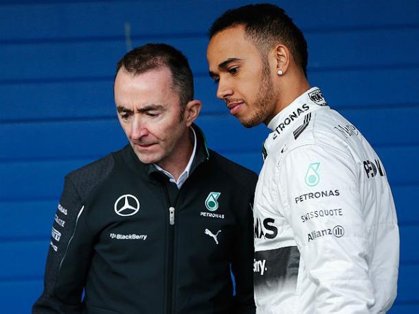 Stratosferico Hamilton in pole davanti a Vettel