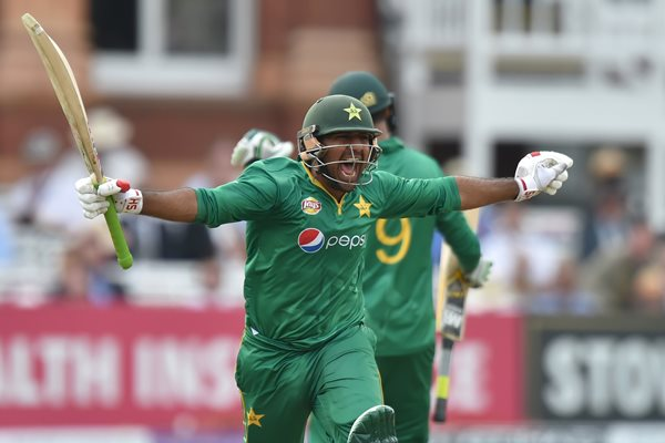 Sarfraz celebrates getting to his century against England in the second ODI   Photo: Getty