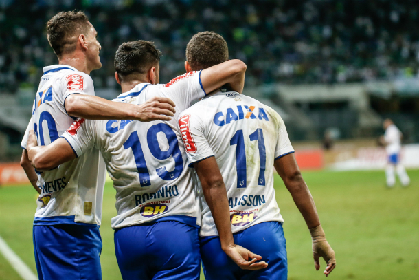 Thiago Neves, Robinho e Alisson marcaram os gols da Raposa no movimentado 3 a 3, diante do Palmeiras (Foto: Marcello Zambrana/Light Press/Cruzeiro)