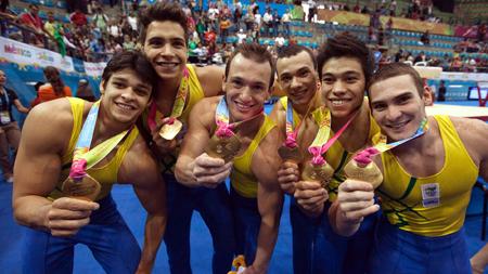Equipe brasileira com o ouro em 2011/ Foto: Arquivo Pessoal