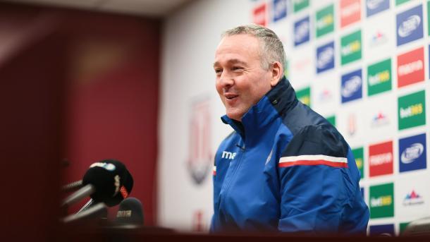 Lambert se mostró entusiasmado por el trabajo que tiene delante | Foto: Stoke City.
