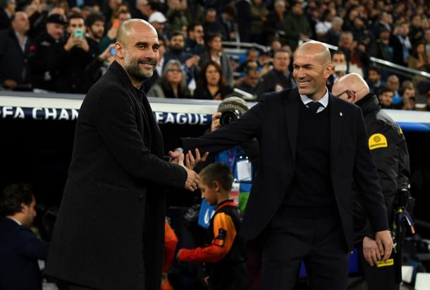 Pep Guardiola and Zidane greet each other before the start / Photo: UEFA