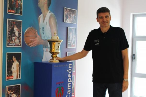 Velimir Perasovic, campeón de la Recopa como jugador y entrenador en dos etapas. | Foto: Baskonia