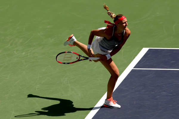 Petra Kvitova of Czech Republic serves to Nicole Gibbs during the BNP Paribas Open at the Indian Wells Tennis Garden on March 15, 2016 in Indian Wells, California. | Photo: Matthew Stockman/Getty Images North America