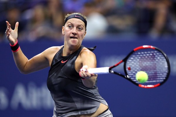 Petra Kvitova draws first blood in the second set | Photo: Elsa/Getty Images North America