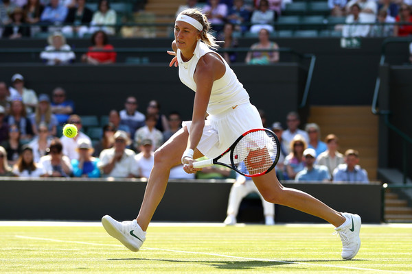 Petra Kvitova faltered in the deciding set, looking tired and fatigued | Photo: Michael Steele/Getty Images Europe