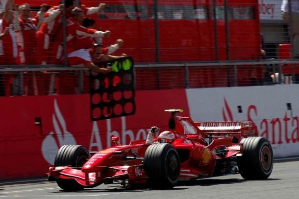 Kimi Raikkonen trionfa a Silverstone nel 2007  Fonte: twitter