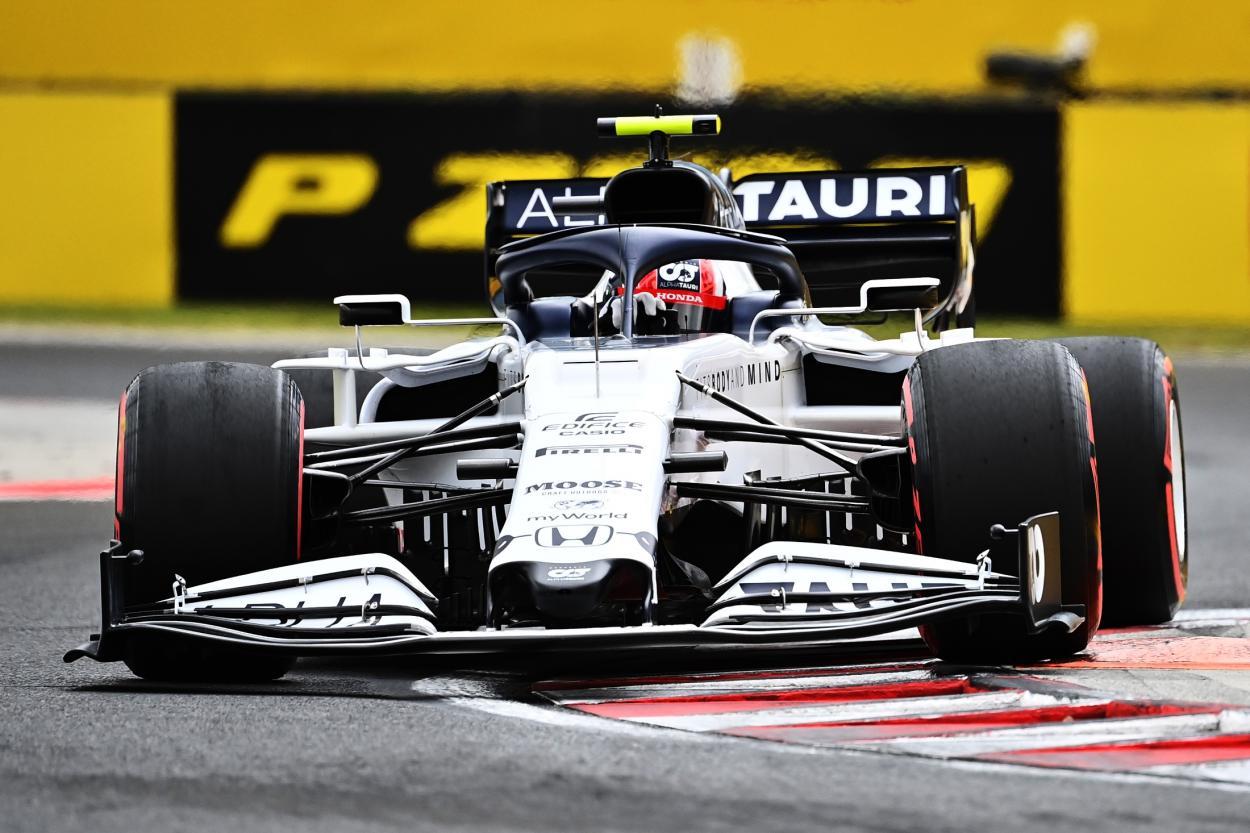Pierre Gasly conduciendo el Alpha Tauri. FUENTE: F1