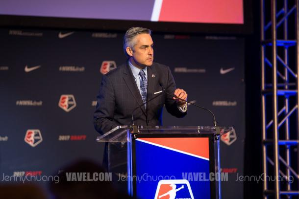 NWSL Commissioner, Jeff Plush, speaking at the 2017 NWSL College Draft   Source: Jenny Chuang - VAVEL USA