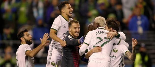 Sebastián Blanco celebrando la victoria con sus compañeros   Foto: MLS