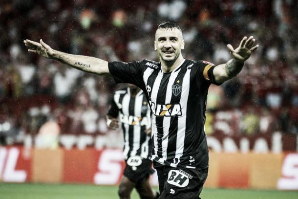 Pratto assumiu a capitania do Atlético nos jogos da Copa do Brasil (Foto: Bruno Cantini/Atlético-MG)