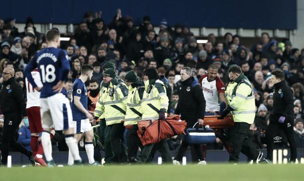 Rondón preocupado por la lesión de su colega James McCarthy. Foto: twitter.com/Everton